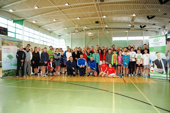 Fotoreportaż z I Otwartych Mistrzostw Santoka<br />o Puchar Wójta w Badmintonie